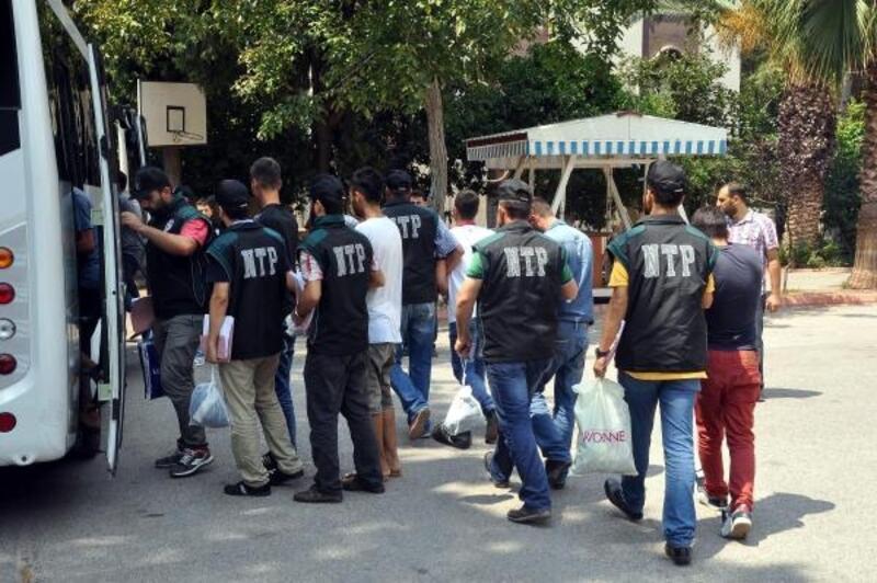Temmuz'da aranan 1014 kişi yakalandı 80'i tutuklandı