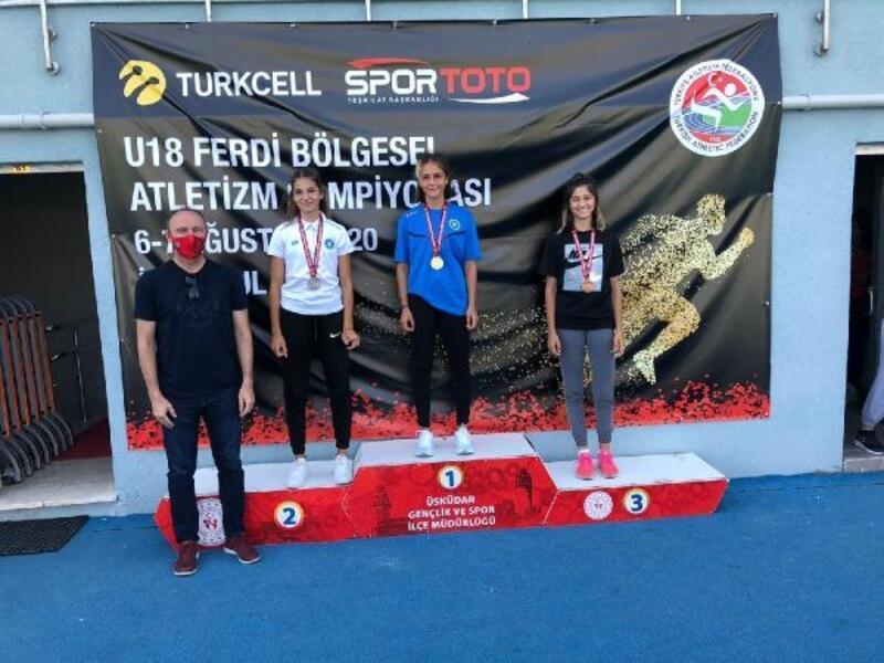 Bursa BŞB'li sporcular, madalyaları topladı