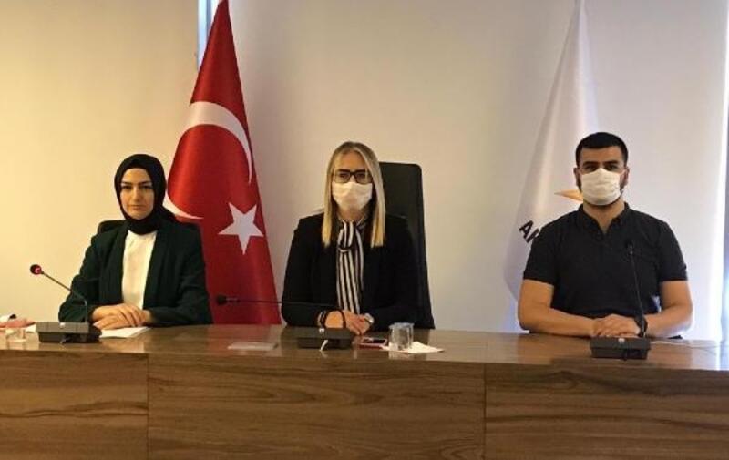 İzmir'de AK Partili kadınlardan Dilipak'a suç duyurusu