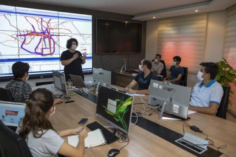 Mersin'de ulaşım projelerinde yazılım eğitimi sayesinde hatalar önceden belirlenecek