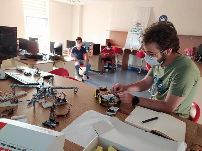 Osmaniye'de robot uygulamaları kursu