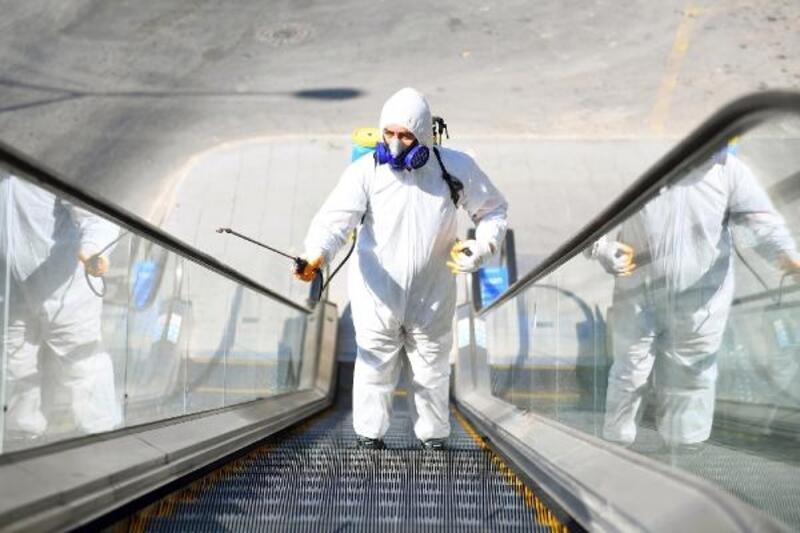 Salgına karşı dezenfektan çalışmaları sürüyor