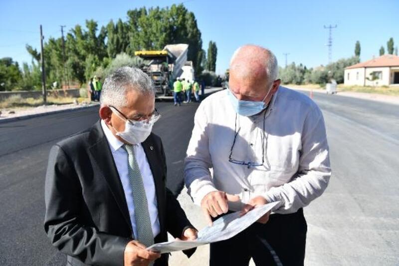 Başkan Büyükkılıç'tan asfalt incelemesi