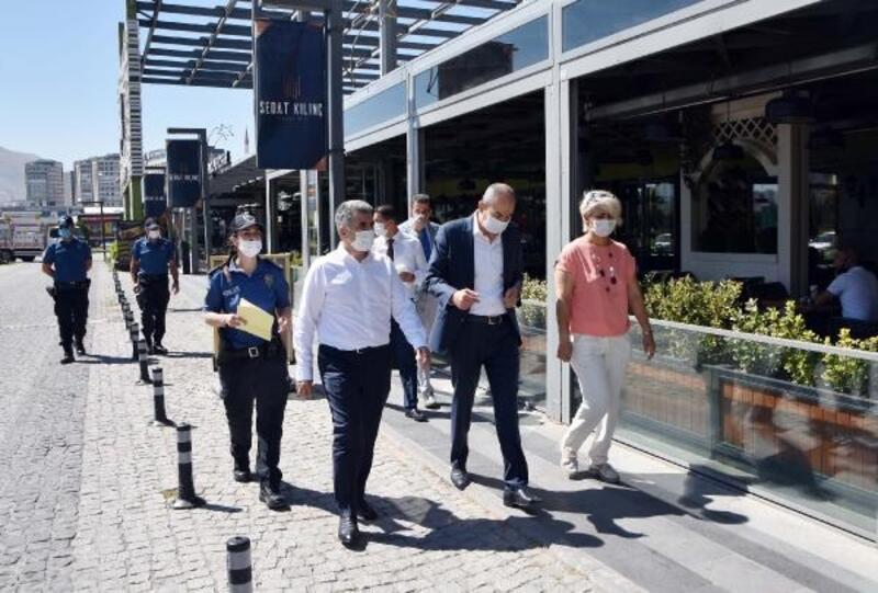 KTO Başkanı Gülsoy'dan sosyal mesafe ve maske denetimi