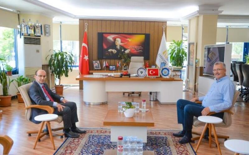 Karacabey Kaymakamı Kurtbeyoğlu'ndan Başkan Özkan'a ziyaret