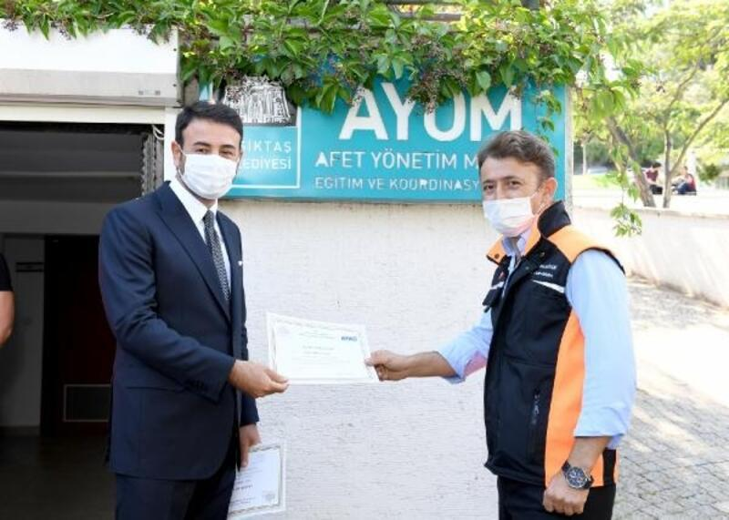 Beşiktaş'ta belediye personeli, 'afet eğitimi'ni tamamladı