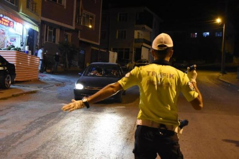 Kütahya'da, trafik denetiminde 12 sürücünün ehliyetine el konuldu
