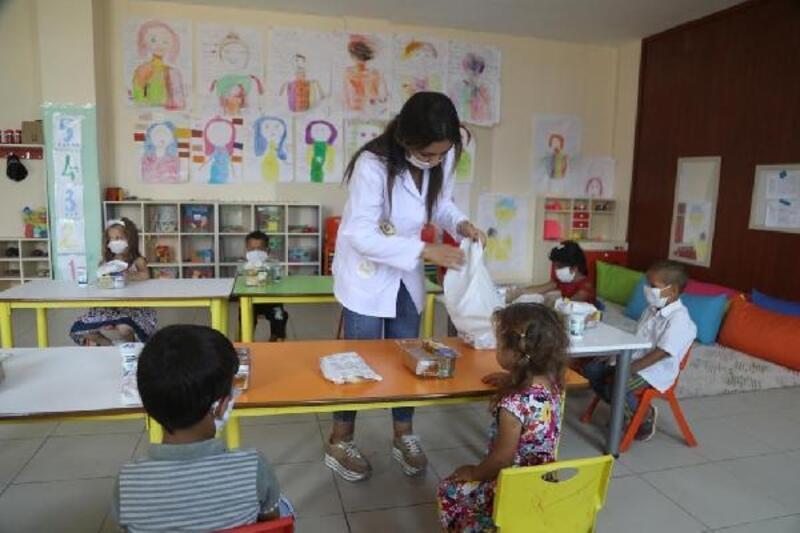 Yüreğir'de oyun odaları ve oyuncak kütüphanesi yeni döneme hazır