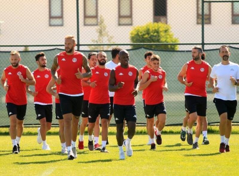 Antalyaspor yeni sezona evinde 'merhaba' diyecek