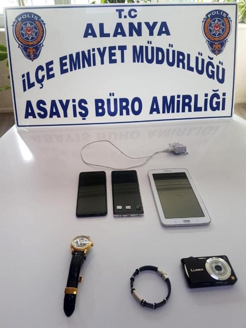Hırsızlık şüphelisini polis yakaladı