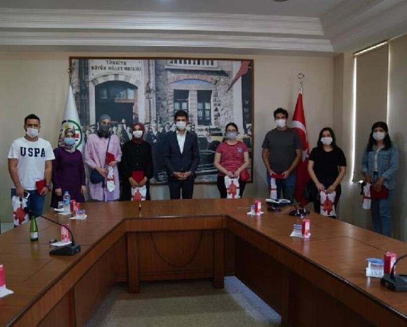 Başkan Karagöl, başarılı öğrencileri ödüllendirdi
