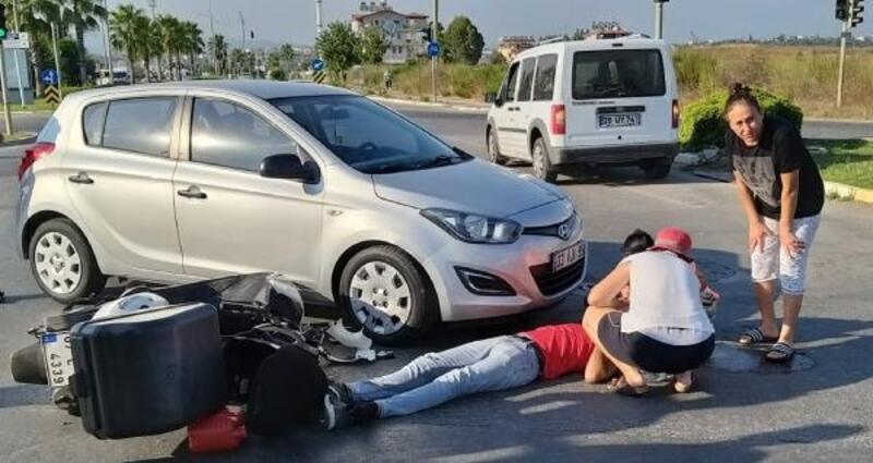 Motosiklet otomobille çarpıştı: 1 yaralı