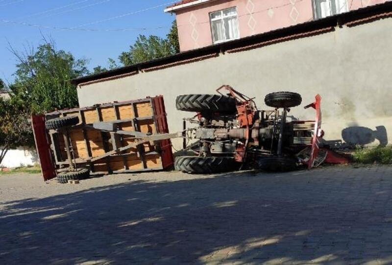 Malkara'da traktör devrildi: 1 yaralı