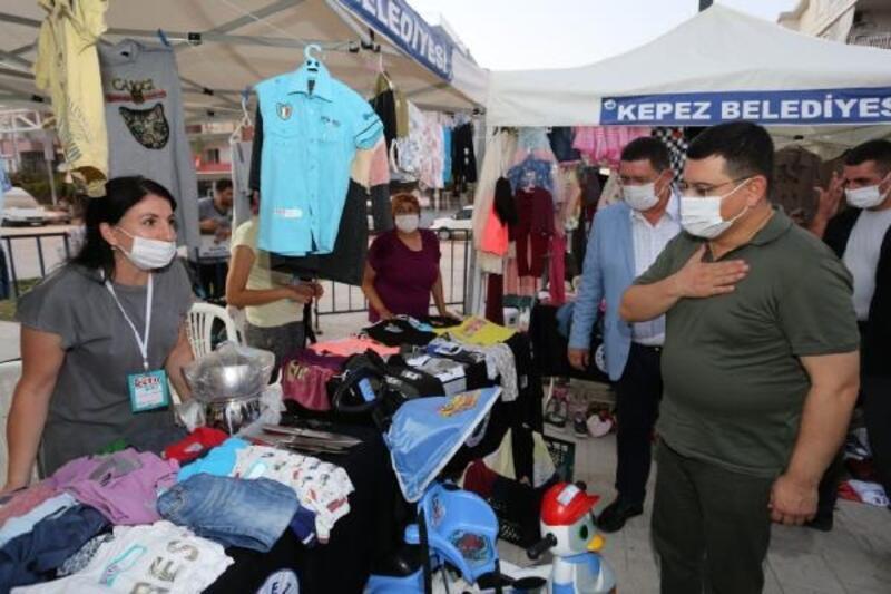 Kepez'in 'Getir Sat' ve 'İndirimli Alışveriş Günleri' açıldı