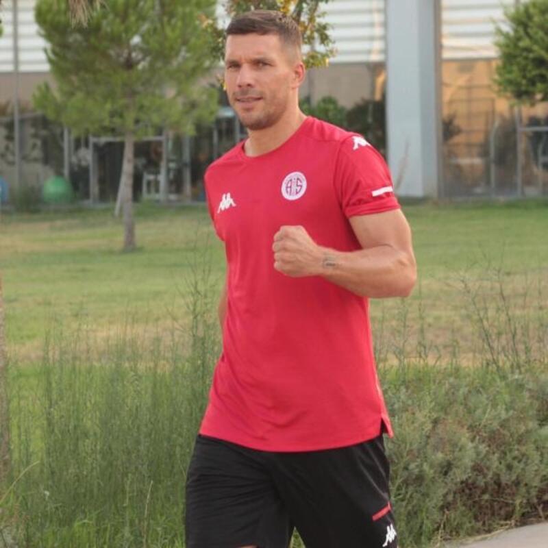 Antalyaspor'da Podolski seferberliği