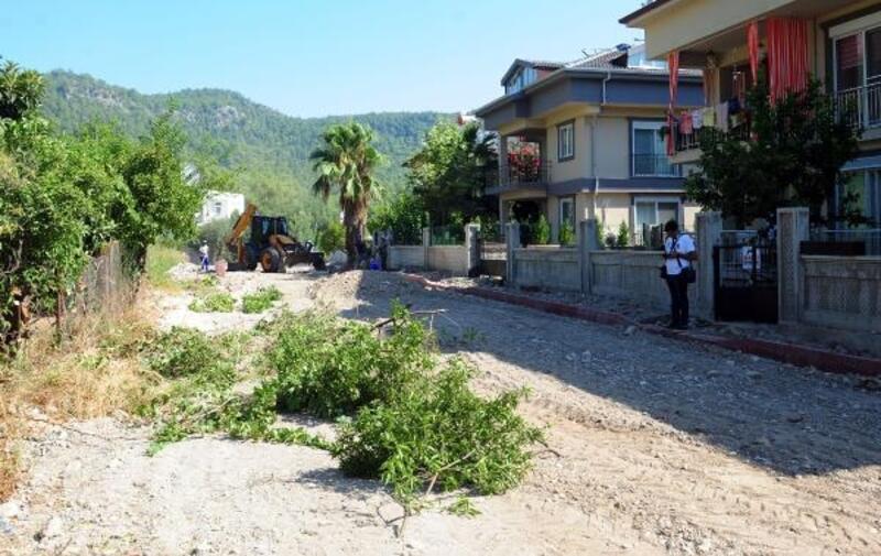 Kemer Belediyesi'nden Göynük'e yeni yollar