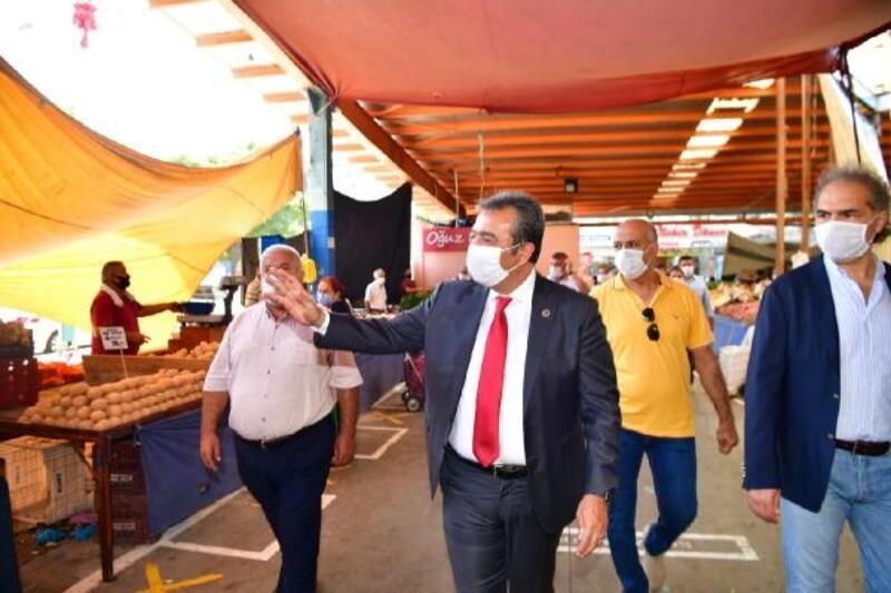 Başkan Soner Çetin pazar denetiminde
