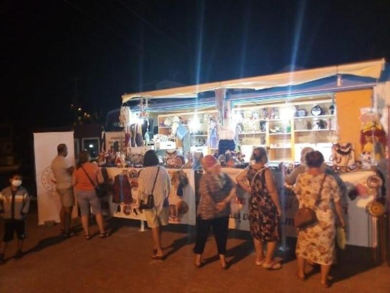 Edirne'de el emeği otobüs görücüye çıktı