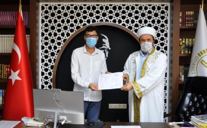 Rus turist Alanya'da Müslüman oldu