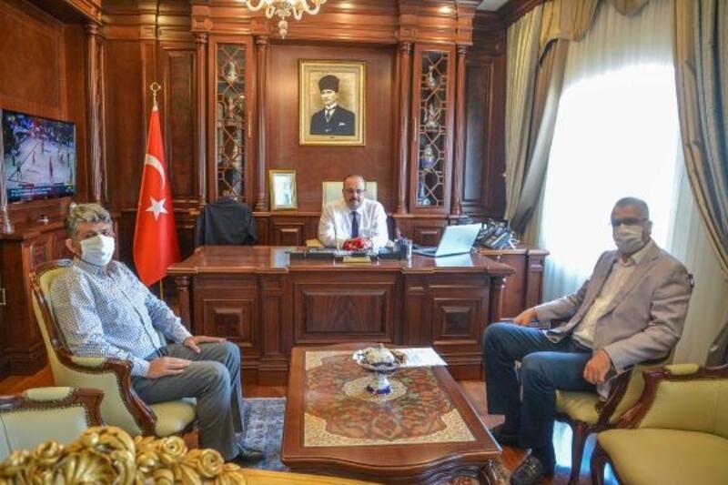 Karacabey Belediye Başkanı Özkan'dan Vali Canbolat'a ziyaret