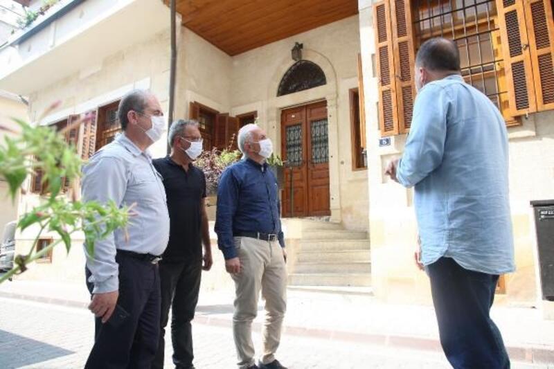 Tarihi Mersin evleri yenileniyor