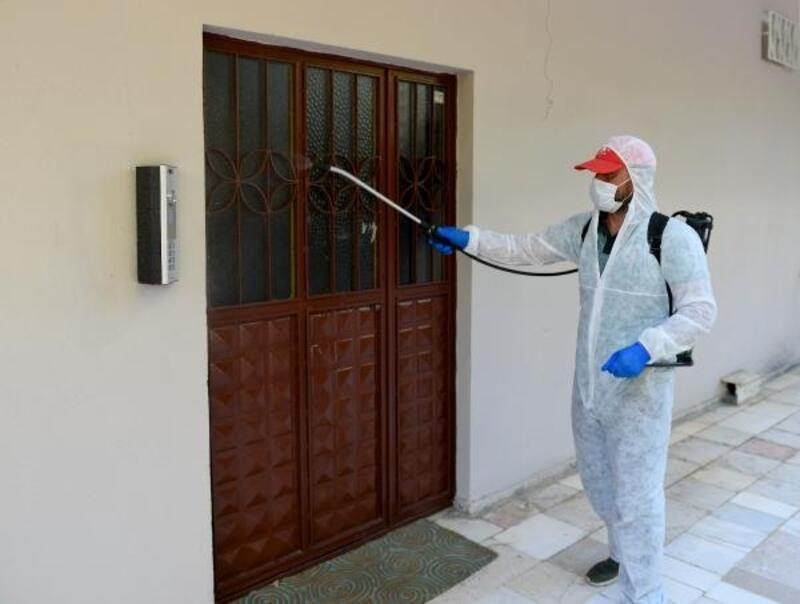 Vaka görülen apartmanlar dezenfekte ediliyor