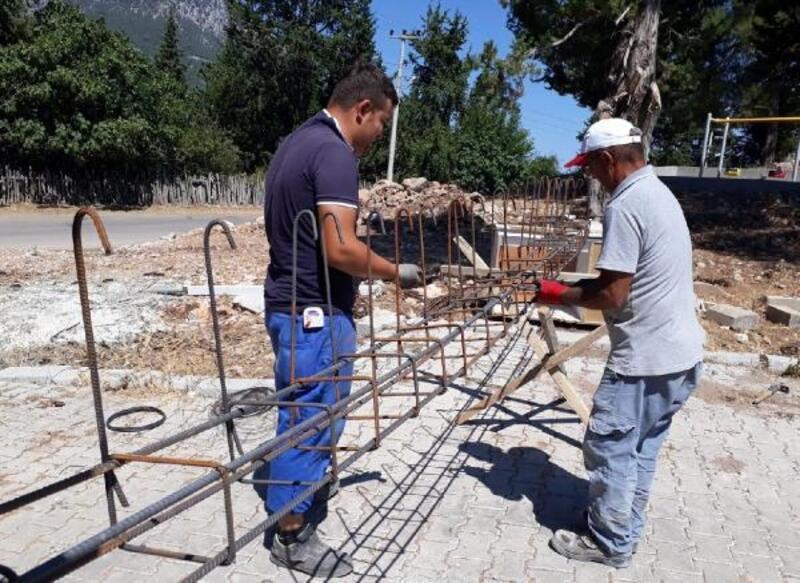 Kemer Belediyesi, muhtarlık binasını yeniliyor