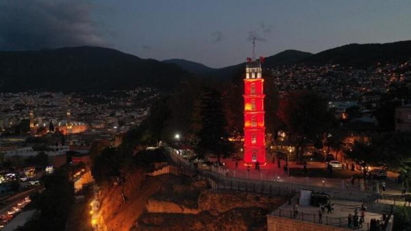 Bursa'da tarihi yapıları ön plana çıkaracak olan projenin çalışmaları sürüyor