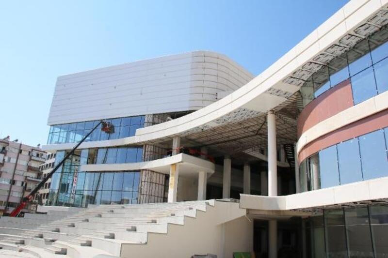 Doğu Garajı Kültür ve Ticaret Merkezi'nde sona gelindi