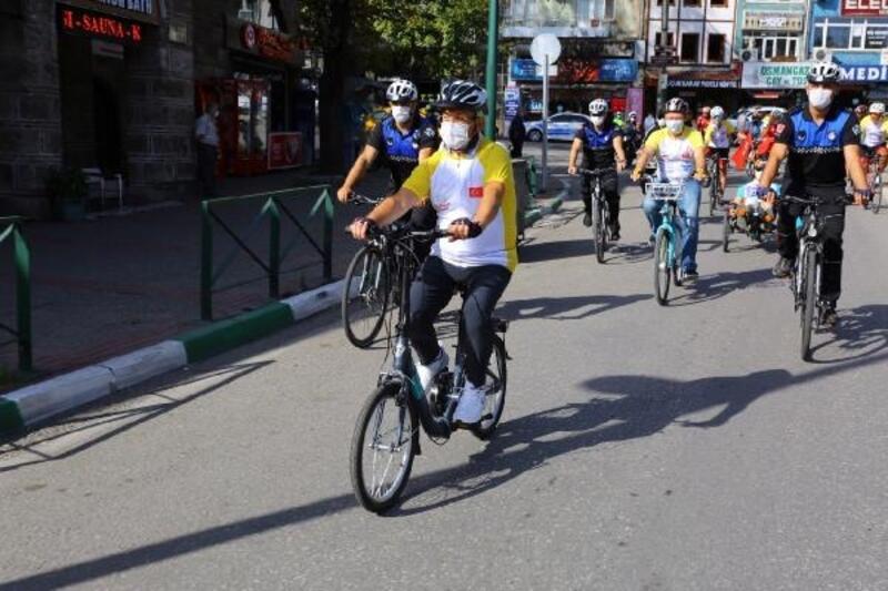 Nilüfer Belediyesi, 'temiz ve yaşanabilir' çevre için pedal çevirdi