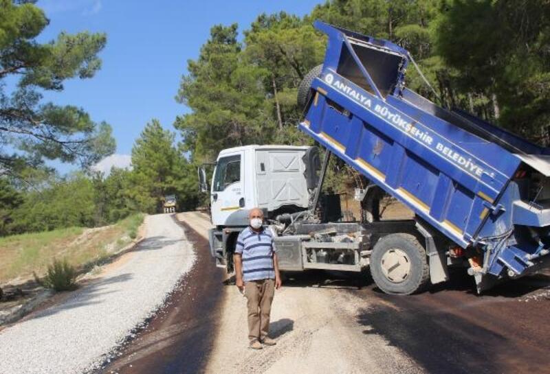 Manavgat Gençler Mahallesi'ne asfalt