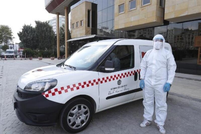 Seyhan'da 'Pozitif Taksi' görevde
