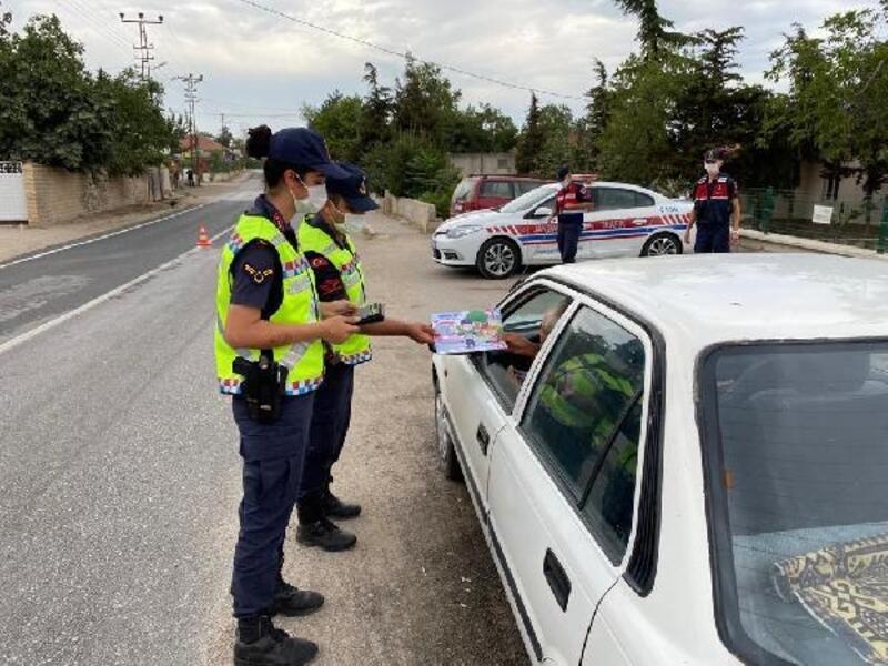 Edirne'de jandarmadan 98 bin 118 kişiye trafik eğitimi
