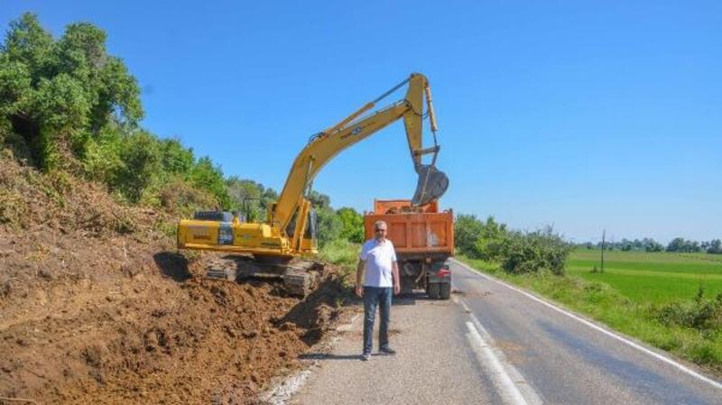 Karacabey Belediye Başkanı Özkan, yol yapım çalışmasını inceledi