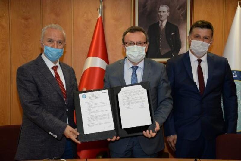 Bursa Uludağ Üniversitesi'nde  'Eğitimde İşbirliği Protokolü' imzaladı
