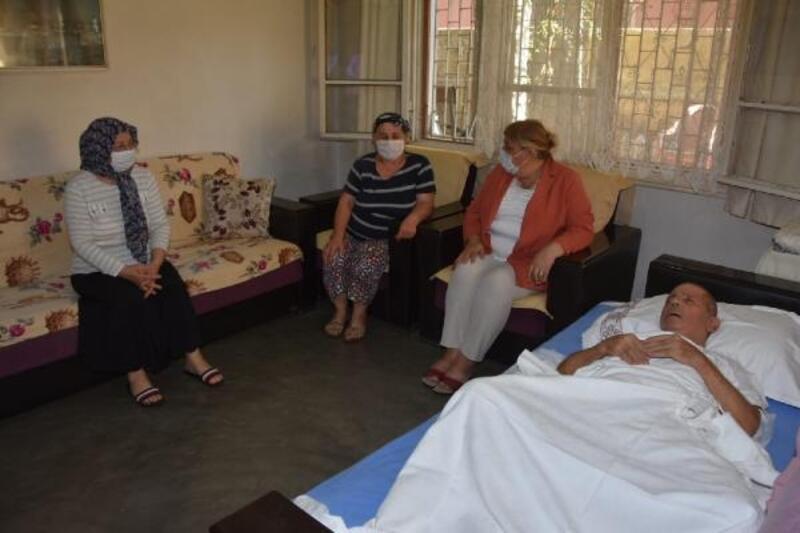 Başkan Erdem'den, Ceyhanspor'un efsanesi Koço Kemal'e geçmiş olsun ziyareti