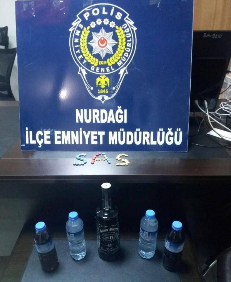 Nurdağı'nda kaçak içki ve uyuşturucu operasyonu