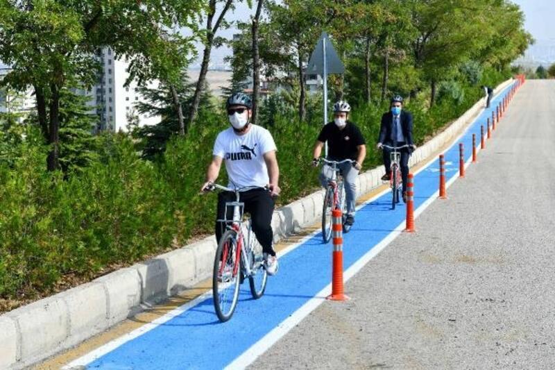 Başkent'te üniversite kampüslerine bisiklet yolu görüşmeleri sürüyor