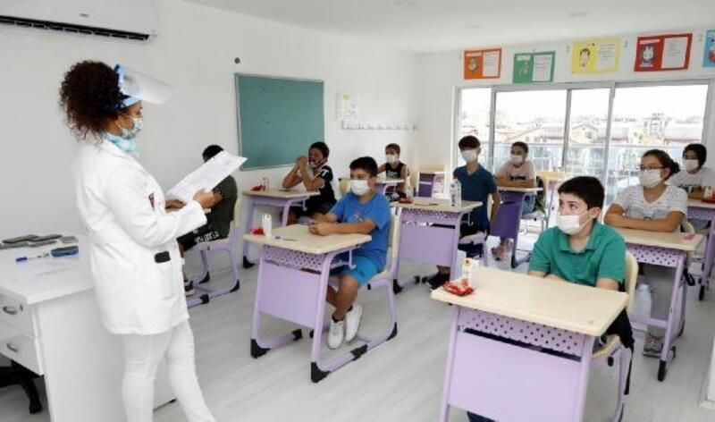 Manavgat Belediyesi Etüt Merkezi eğitime başladı