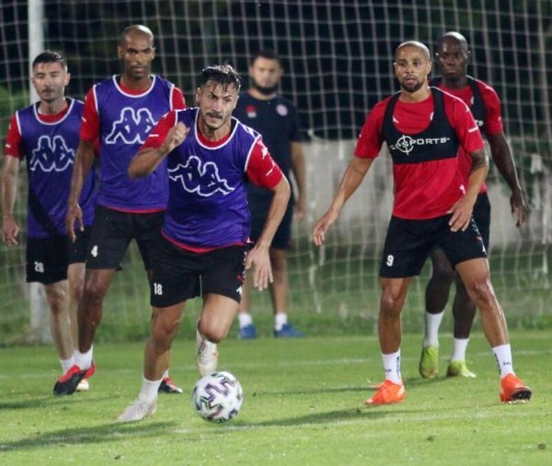 Antalyaspor, milli arayı hazırlık maçıyla değerlendirecek