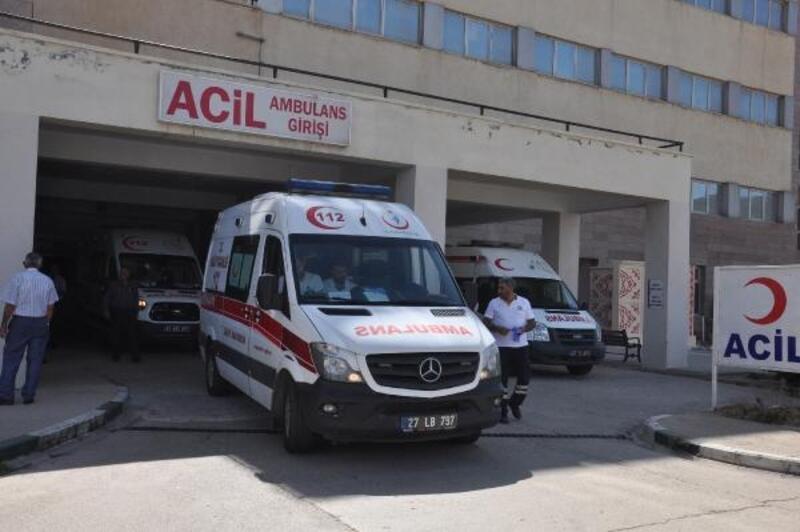 İslahiye'de motosikletler çarpıştı: 2 yaralı