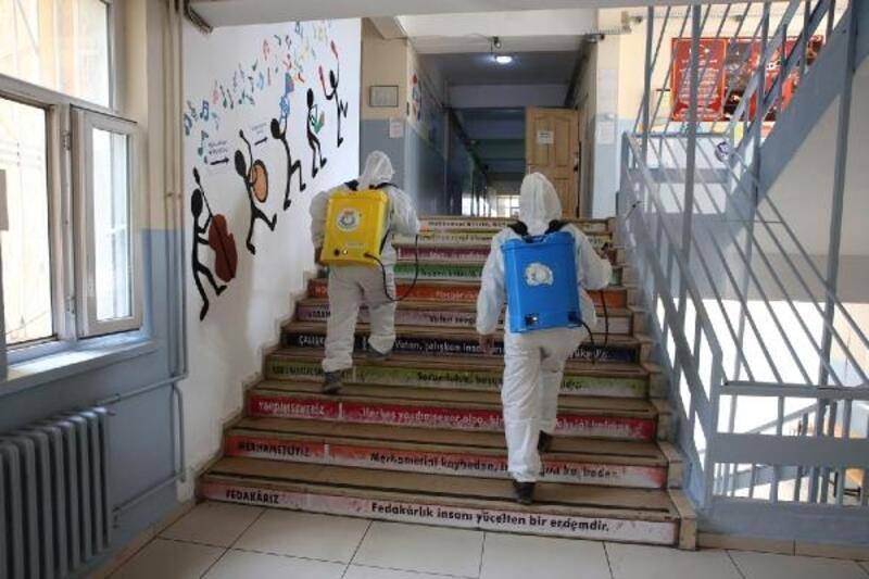 Şanlıurfa'da okullarda temizlik