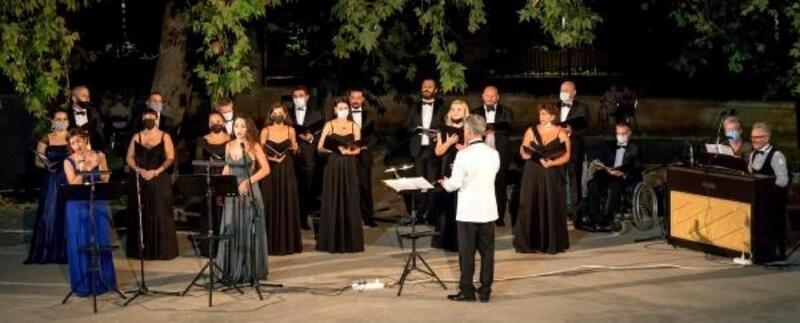 Operadan 'Seslerin Büyüsü'