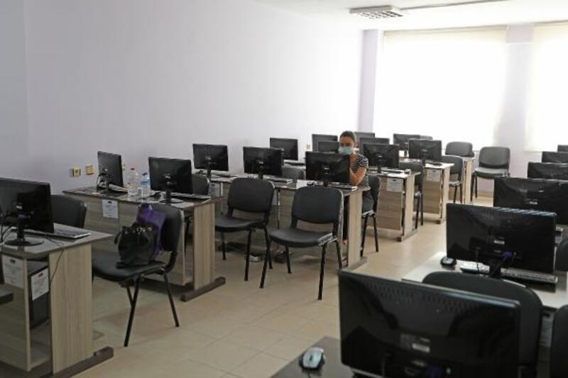 Mezitli'de EBA Destek Merkezi açıldı