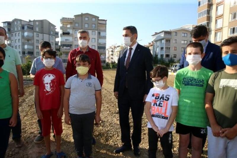 Başkan Eroğlu: Çocuklarımızın hayalleri, sevinçleri her şeyden önemlidir
