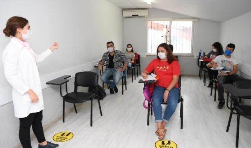 Konyaaltı Etüt Merkezi'nde eğitimler başladı
