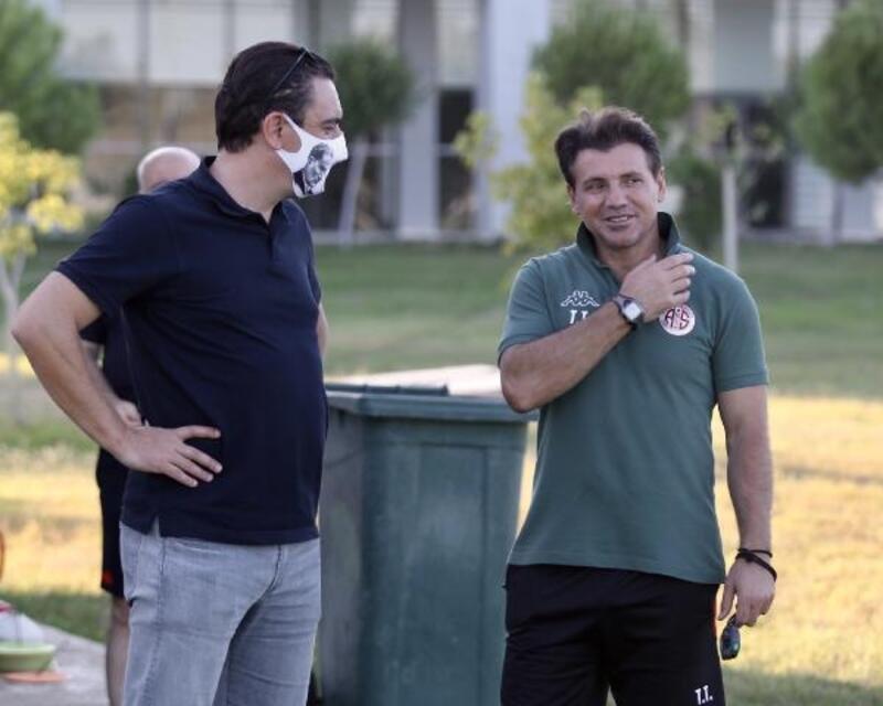 Antalyaspor'da Tamer Tuna, 4 oyuncudan vazgeçmedi
