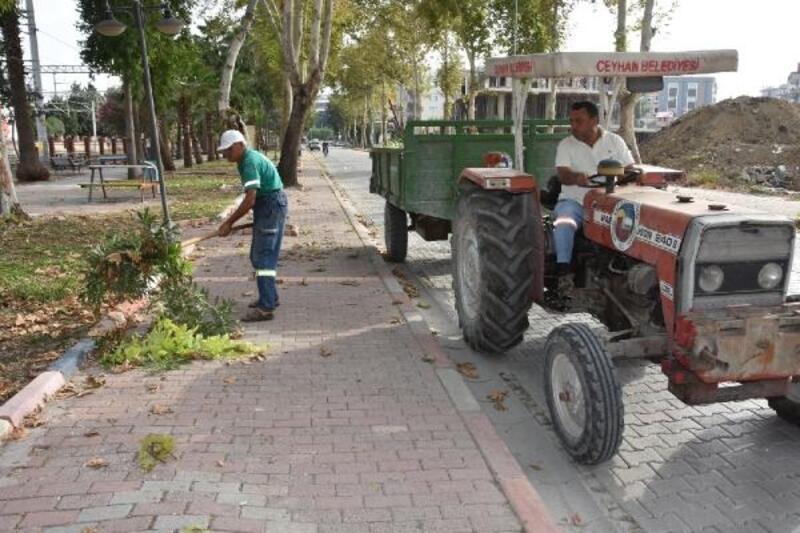 Ceyhan Belediyesi, temizlik çalışmalarına devam ediyor