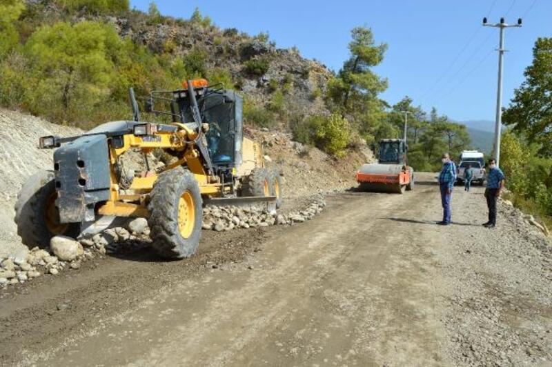 Manavgat Karabucak grup yolu asfaltlanacak