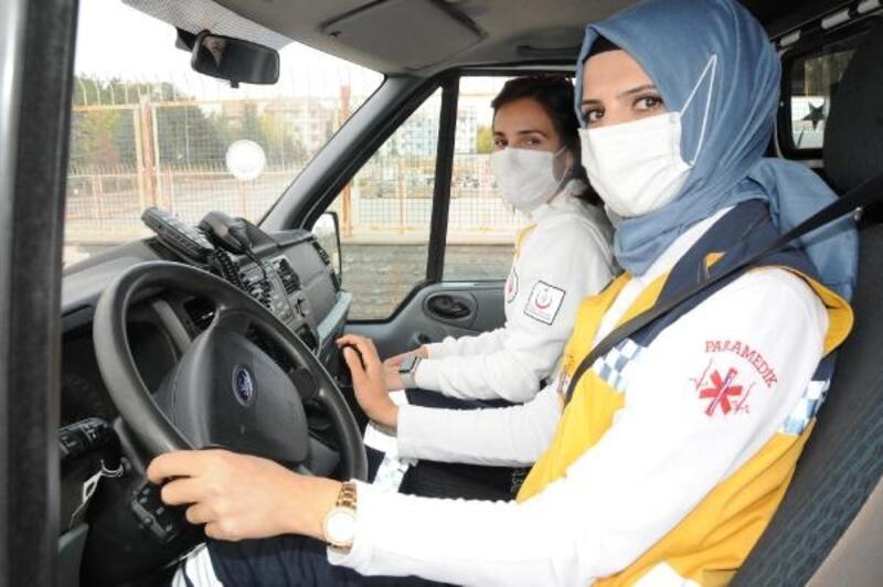 ATT ve parademediklere ambulansla ileri sürüş eğitimi